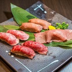 A5ランクの牛肉を使用した肉寿司と様々な鶏料理をお楽しみいただけるワンランク上の宴会コース!