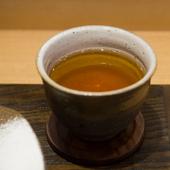 手揉み茶日本一の小室栄寿氏が手掛けたこだわりの茶葉とセットで