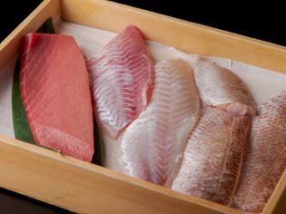 能登の漁港に水揚げされる旬のとびきりの鮮魚、季節の加賀野菜