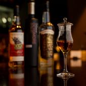 世界各国から取り揃えられた『ウィスキー』