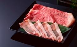 名物「出汁しゃぶ」を、ブランド豚美湯豚でいただく人気コース「紫草」の御料理にさらに贅をこらしました。