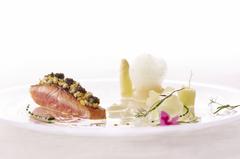 ロドラントのお料理の魅力をお楽しみ頂けるスタンダードコース