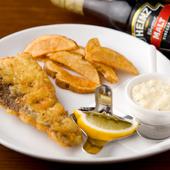 揚げたての真鱈と自家製タルタルが絶妙な相性の『フィッシュ&チップス』