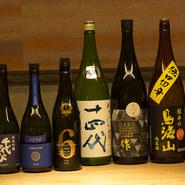 「新政」や「十四代」など、希少なものを含め、常時20種類以上の日本酒を取り揃えています。日本酒のオリジナルカクテルもあり、ここでしか味わえない「美酒」を堪能。日本酒好きの方もきっと満足できるハズです。