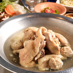 コクのある旨みと、歯応えのよい肉質が特徴の「古地鶏」