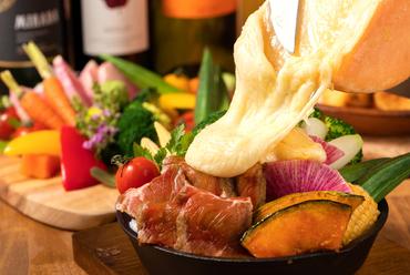 肉×北海道花畑牧場『お肉とラクレットチーズ』
