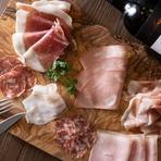 本場仕込みの職人技と本格石窯で、イタリアさながらの味を満喫