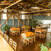 木材倉庫をリノベーションしたお洒落な空間
