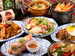 飲み放題付きのプランでお得にタイ料理を楽しめる! クーポンのご利用で4000円→3500円!