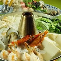 タイの海鮮しゃぶしゃぶ【タイスキ】が楽しめる全7品のコース!クーポンご利用で5000円→4500円に!