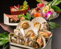 ◆クーポン必須◆7000円→6000円!4種の貝を豪快に缶で蒸し焼きに。〆が絶品…!