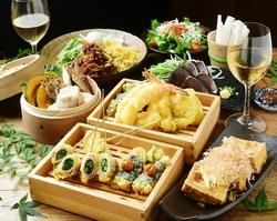 新鮮鮮度抜群の魚介を楽しみたい!カニ・ウニ・イクラ贅沢三昧!お刺身盛りに牛ハラミ天ぷらなど