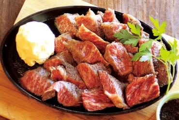 ジューシーな旨味が口の中に広がる『知多牛1ポンドステーキ』