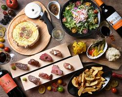 5,000円(クーポン利用4,500円) 豪華前菜3種の盛り合わせに、アヒージョ、熟成肉ステーキが2種類付!
