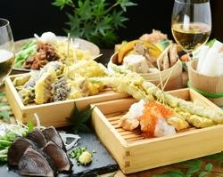 接待・会食などにもおすすめ!新鮮刺身3種に豪華天ぷらはエビにお野菜、牛ハラミ!絶品いくらそばも!