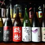 シェフが全国から選び抜いた、こだわりの焼酎や日本酒を