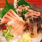 全国各地から仕入れ元板前のシェフが調理する『新鮮な魚介類』