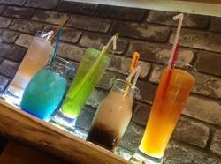 アルコール類が約150種 ノンアルコール類が約80種 計200種類以上のドリンクがお楽しみいただけます。