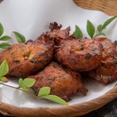 魚と山芋をふんわりと揚げ、シンプルな味付けに。素材の美味しさを最大限に味わえる『魚のふわふわ揚げ』