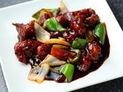 甘酸っぱく豊かなコクとさっぱりとした後味の酢豚。ジューシーな豚肉と共にたっぷり野菜を美味しく楽しめます。