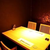 柔らかな光がやさしく差し込む完全個室
