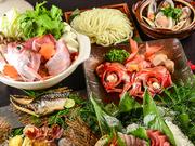 新鮮な海鮮系のみを使用した野菜たっぷりの『活き〆鰤ちり鍋』が味わえるボリューム満点コース。「しっかりと出汁のきいたスープは、うどんで〆て最後まで楽しむのがおすすめです。