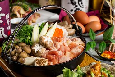 地鶏尽くしの料理が8品味わえる『<最大3時間飲み放題付>飛鳥-asuka-コース』
