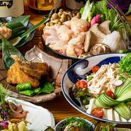 新鮮な地鶏「大山鶏」と季節の野菜を煮込んだ『地鶏すき焼き鍋』を中心としたコース料理です。柔かく煮込んで旨味とコクを引き出した鍋は絶品。また、市場直送の新鮮な「海の幸」も味わえるプランです。