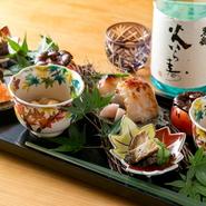 9名以上で貸切可能。家族や仕事仲間など気心知れた人たちとの団らんのひと時にもってこい。誕生日、昇進などの門出を旬の日本料理で祝ってみませんか。肩肘張らないおもてなしで、ワンランク上の贅を味わえます。