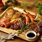 コスパ良く絶品肉を食べ比べ『肉5種盛り合わせ』