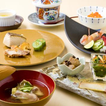 ■宴会コース(飲み放題付き) 5000円