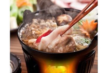 鍋料理やステーキで厳選素材のジビエを味わう