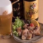 ビールはエビスや黒ラベル、ウィスキーはデュワーズ、ワインはグランポレールなどを取り揃えています。飲み放題もあります。事前に予約をお忘れなく。