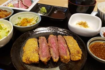 佐賀牛ローストビーフ丼定食
