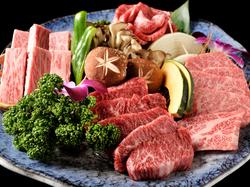 美味しい和牛をはじめ、バランスの取れたメニュー構成でコギチャン人気NO.1コースです。