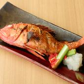 炉ばた焼きの醍醐味。旬魚介&自家製干物が揃う『焼き魚』