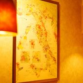 常連客から贈られたイタリアの詳細なワイン原産地マップ