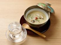 日本酒にぴったりの名物『茶碗蒸し』