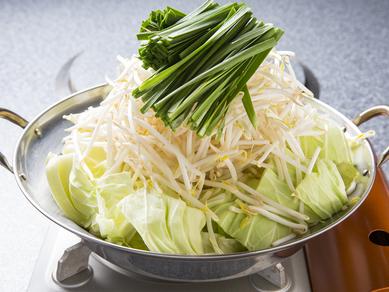 一番人気のピリ辛みそ味の『モツ鍋』はやみつき必須のくせになる味わい