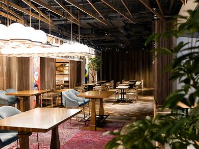 クロスホテル京都1階 レストラン&バー「KIHARU Brasserie」