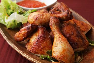 驚きと喜びと感動を与える『吉田の丸鶏ローストチキン』