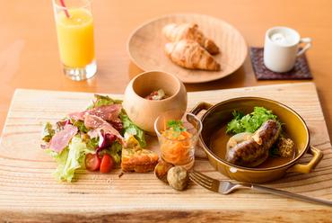 竹田地区で獲れた食材を使うことを大切にしながら料理を構成していく『ラ クラルテ』