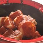 オリジナルのソースで冬大根の旨み際立つ『大根の海老ソース』
