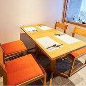 グループ利用にぴったりのテーブル席