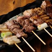 一口食せば、肉汁とともに、肉の旨みが口いっぱいに広がる『やきとん』