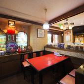 個室から宴会スペースまで、人数に合わせて柔軟に対応可能