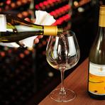 1800本ものワインから好みの味をセレクト