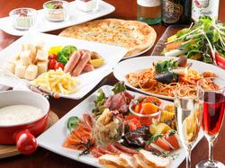 人気のバーニャカウダやタパス料理からピッツァやパスタも付いている人気のコースです♪