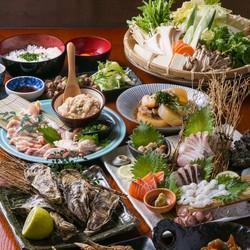 当店贅沢フルコース!馬刺しにカマ焼きなどの九州食材をはじめ、メインはA5黒毛和牛のサーロインステーキ。