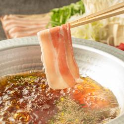 鮮魚3種・馬刺し3種盛合せ、選べる鍋(究極のもつ鍋or鰤しゃぶor霧島豚しゃぶ)など九州堪能コース